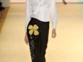 Carolina Herrera представила коллекцию белых рубашек